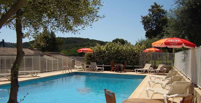 hotel draguignan var col ange piscine