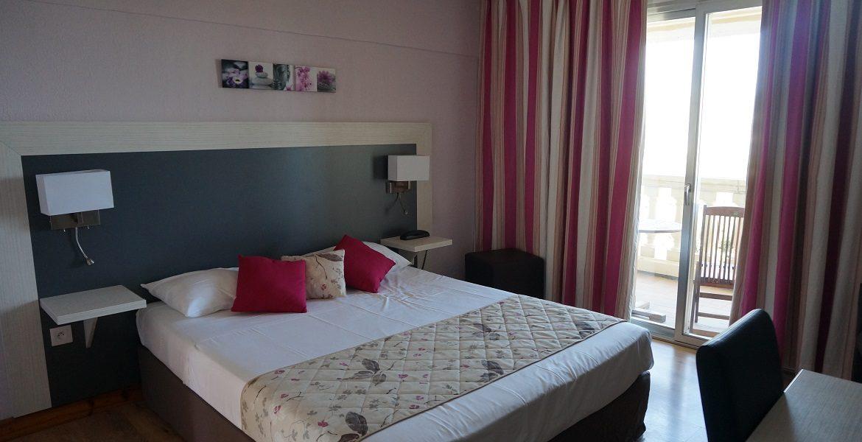 Hôtel Draguignan var col ange chambre standard