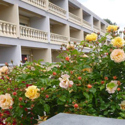 hotel-draguignan-var-83-col-de-l-ange-vue-panoramique-piscine-calme-champagne