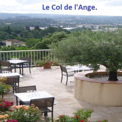 hotel-draguignan-var-83-col-de-l-ange-vue-panoramique-piscine-calme-vue-panoramique-terrasse